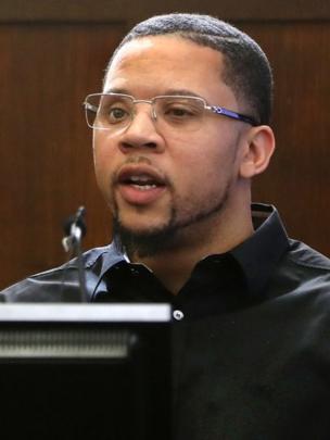 Alexander Bradley durante el juicio a Aaron Hernandez