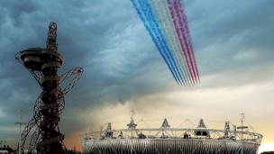 Kikosi cha Red Arrows kinapita juu ya uwanja wa Olimpiki mjini London wakati wa sherehe za ufunguzi mwaka 2012