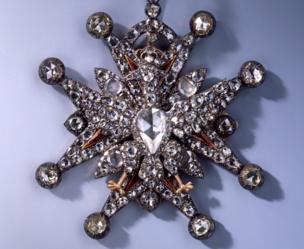 Otra de las joyas de la colección robada.