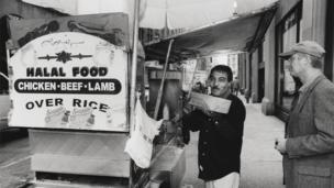 Puesto de comida Halal, en 2001.