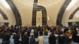 مسجد كولونيا المركزي في كولونيا، ألمانيا