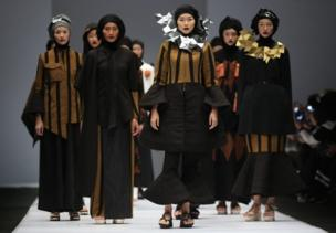 Jakarta Fashion Week 2017, Indonesia