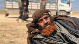 وتعرض تنظيم الدولة الإسلامية إلى خسائر كبيرة، ولكن الأمم المتحدة تقول إن ثمة تقارير تفيد بأن ما بين 14000 و18000 من المقاتلين التابعين له مازالوا موجودين في العراق وسوريا