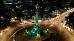 Mexico's El Ángel de la Independencia joined Tourism Ireland's global greening project