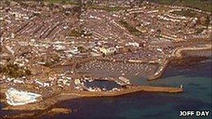 Penzance's South Pier from the air