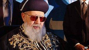 Rabbi Ovadia Yosef (file pic, 2002)