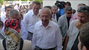 CHP leader Kemal Kilicdaroglu campaigns in Izmir, 6 September