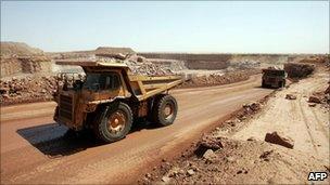 Uranium mine at Arlit (file)