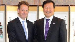 US Treasury Secretary Timothy Geithner and South Korean Finance Minister Yoon Jeung-hyun