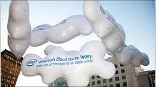 cloud balloons