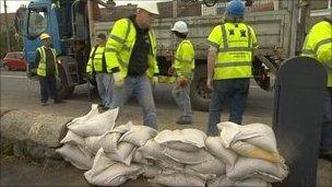 Irish flood preparation (picture RTE)