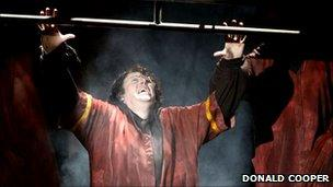 Iain Paterson in ENO's Don Giovanni