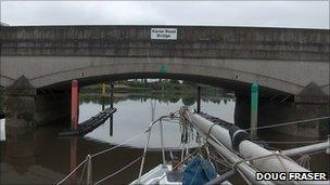 Kerse Road Bridge. Pic copyright Doug Fraser and licensed for reuse under Creative Commons Licence