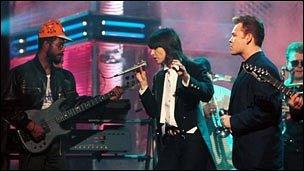 Chrissie Hynde performs with UB40 on Top Of The Pops