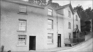 Early photo of the Willows, Llangollen