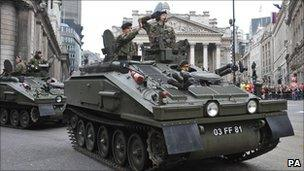 Tank passing outside Mansion House