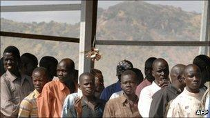 People queuing to register to vote in Juba