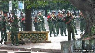 Armed police at monks protest, Burma