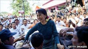Aung San Suu Kyi outside NLD headquarters in Rangoon, Burma (14 Nov 2010)