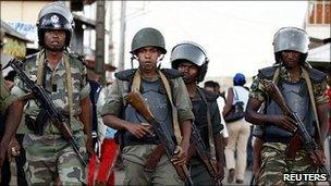 Madagascar troops on patrol near the barracks (19 November)