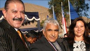 Copiapo mayor Maglio Cicardini (l) and Omar Reygadas