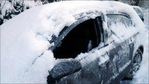 Car broken into at Rowen, Conwy