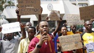 People protesting outside the Nigerian embassy in Abidjan against an intervention force