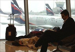 Passengers waiting at Moscow Sheremetyevo airport, 29 Dec 10