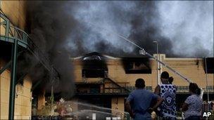 A fire consumes the warehouse of Rio's Samba City district