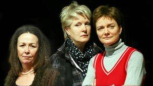 Mossie Smith, Susan Wooldridge and Sarah Woodward in Snake in the Grass