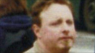 Undercover police officer who called himself Simon Wellings