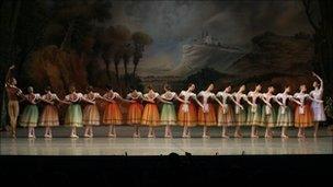 Scene from Giselle 3D (Photo: N Razina)