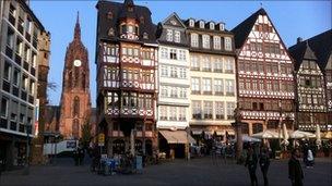 Romerplatz, Frankfurt