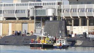 Police boarding HMS Astute