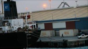 Aid ship arrives in Misrata