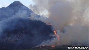 Heath fires at Kintail in Ross-shire (Pic by Tina MacLeod)