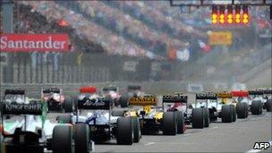 F1 cars on starting grid