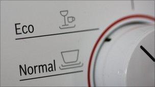 Eco setting on dishwasher (Image: BBC)