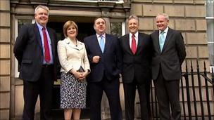 Carwyn Jones with other devolved leaders