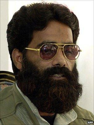 File photo of Ilyas Kashmiri from 2001