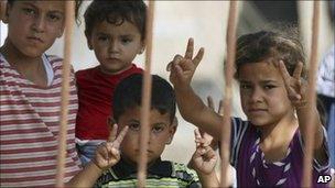 Children in a refugee camp in Yayladagi, Turkey (10 June 2011)