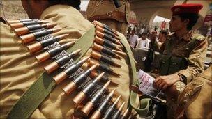 Yemeni soldiers in Sanaa, June