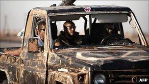 Libyan rebels near Ajdabiya (5 July 2011)
