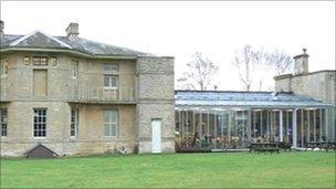 Blades Cafe-Bistro in Northleach, Gloucestershire