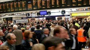 Congested Victoria Station