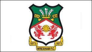 Logo Clwb Pêl-droed Wrecsam