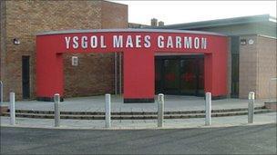 Ysgol Maes Garmon - 2011