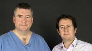 Jonathan Barry a Dr Jeffrey Stephens