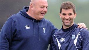 Justin Burnell a Gareth Baber