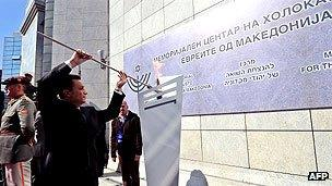 The Macedonian prime minister lights the eternal flame in memory of Jews from Macedonia who were executed at Treblinka concentration camp